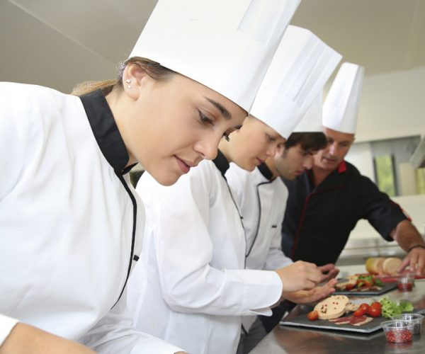 Formación elaboración de conservas en escuela de cocina