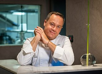 Luc a Marchini, chef étoilé au Michelin et créateur des conserves Bottega da Re